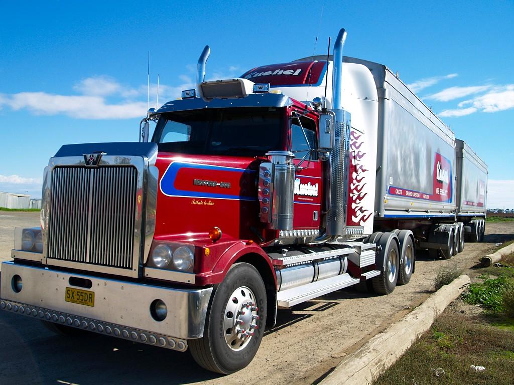 trucks-american-241533
